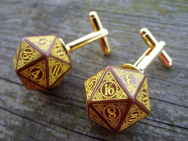 Board-game-D20-well-dressed