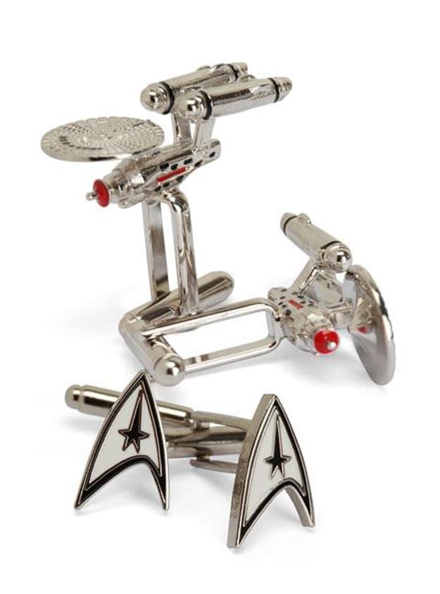Star-Trek-Logo-well-dressed