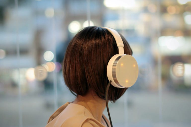 brain-scanning-headphones-music