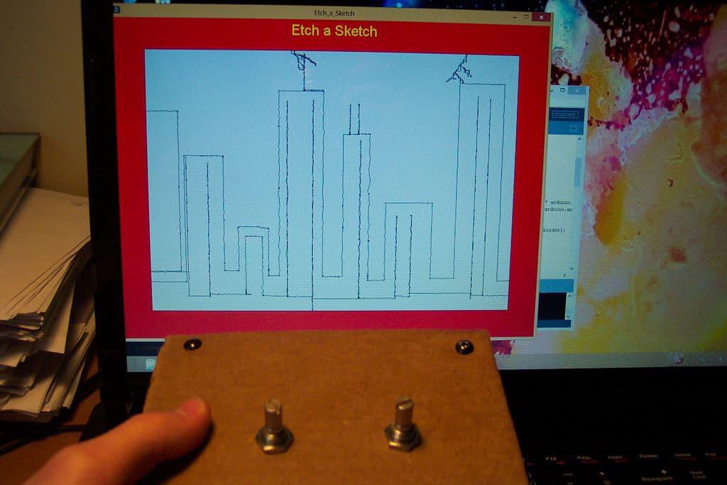diy-etch-a-sketch-computer
