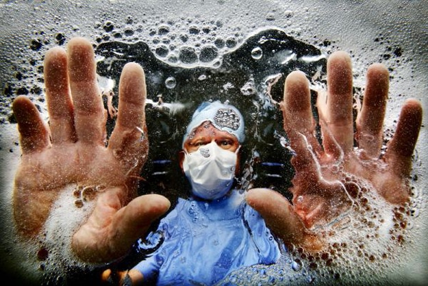 doctors-hospitals-washing-hands-infection
