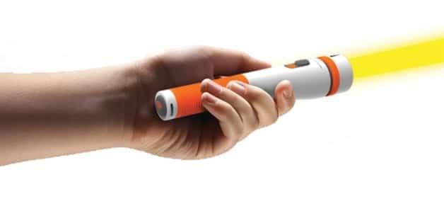 Emergency Flashlight Translates Communication Instantly