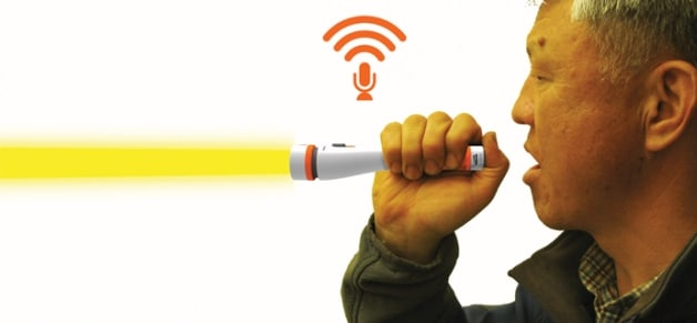 emergency-flashlight-translator-communication
