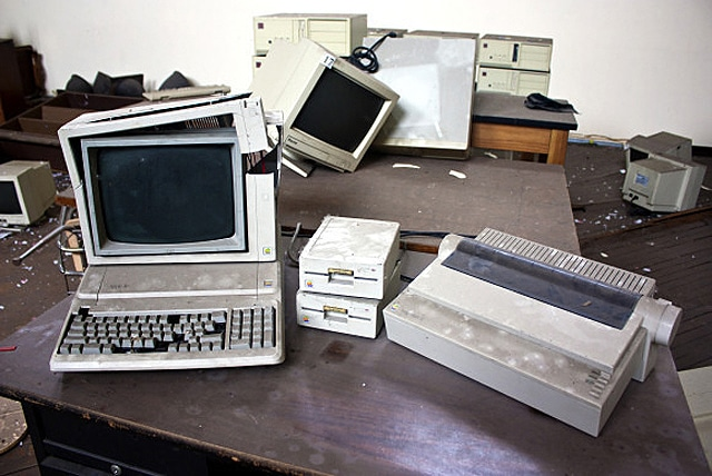 old-apple-products-photographed