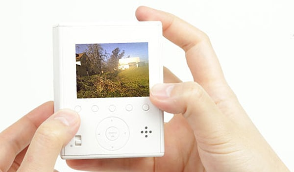 self-powered-digital-camera
