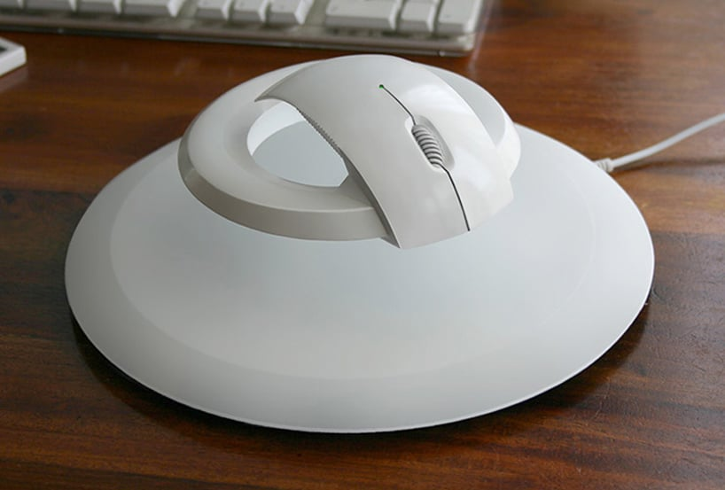 Wireless Levitating Mouse Helps People With Carpal Tunnel Syndrome