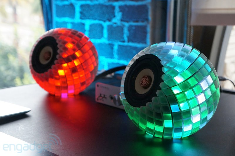 Custom 3D Printed Speakers Give You An Audioreactive LED Light Show