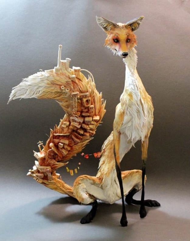 10 Hyper-Real Fantastical Animal Sculptures That Represent Life