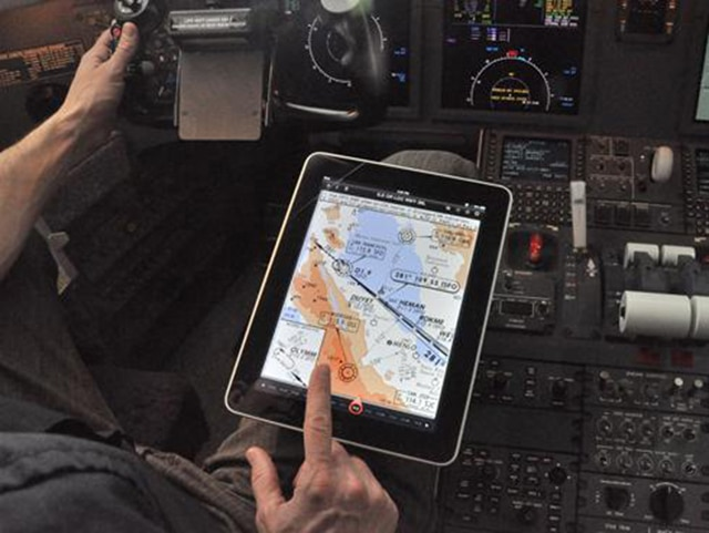 Airline Industry Now Using iPads In The Cockpit To Increase Efficiency