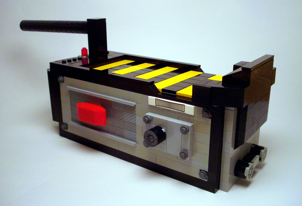 Ghostbusters Movie Scene & Ghost Trap Recreated In LEGO