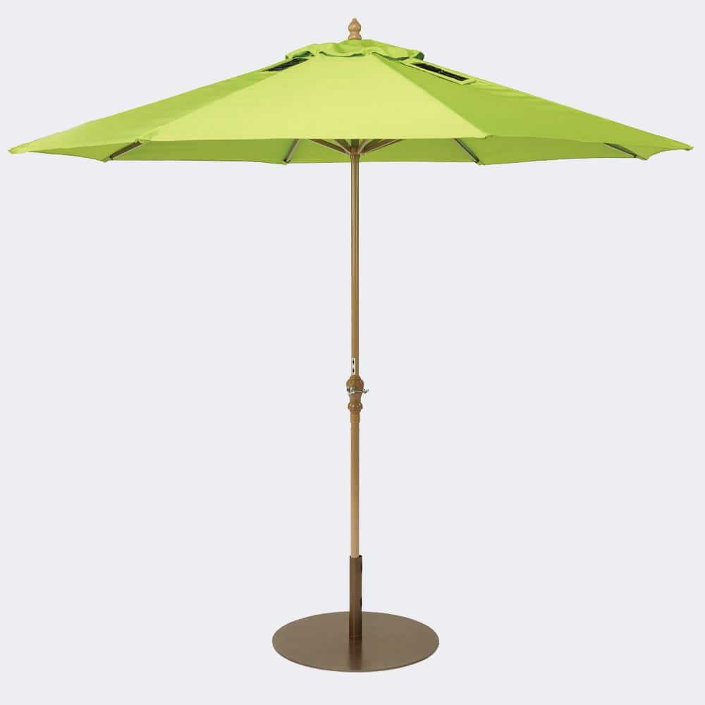 Umbrella For Picnic Table : High Tech Picnic Table Umbrella Uses Sunshine To Charge Mobile Devices