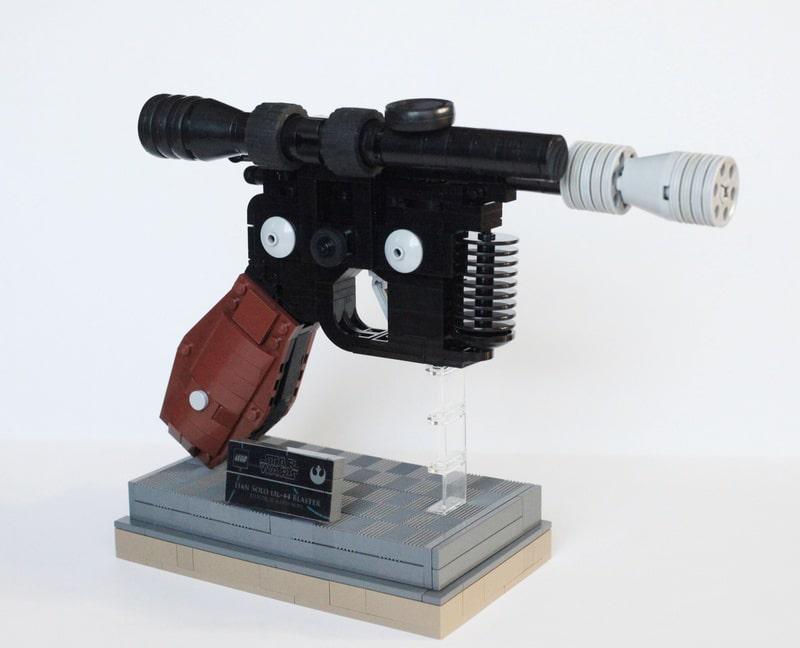 han-solo-blaster-lego