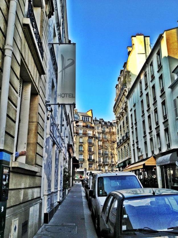 Street-Facade-of-Hotel