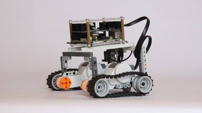 BrickPi Kit Turns Your Raspberry Pi Into Your Own Custom LEGO Robot