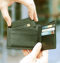 ChargeCard: Smartphone USB Cable That Slips In Your Wallet Like A Card