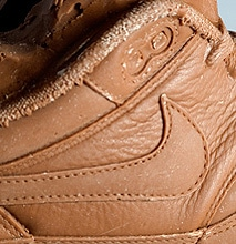 Chocolate Shoes: Realistic Nike Air Max Sneakers Carved From Chocolate