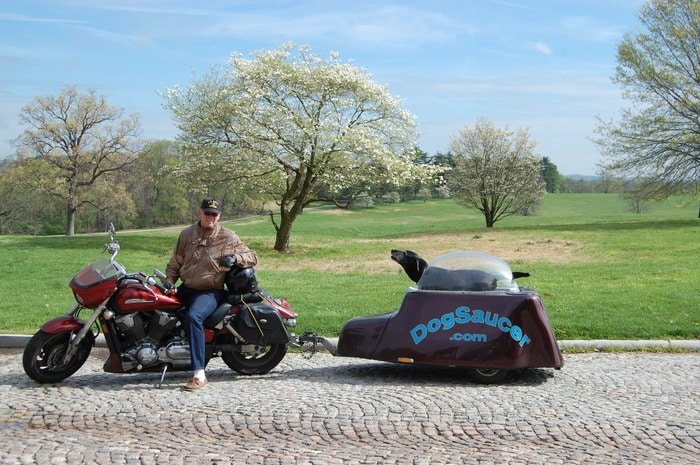Dog Saucer Motorcycle Pod Enables Luxury Traveling With Your Pet
