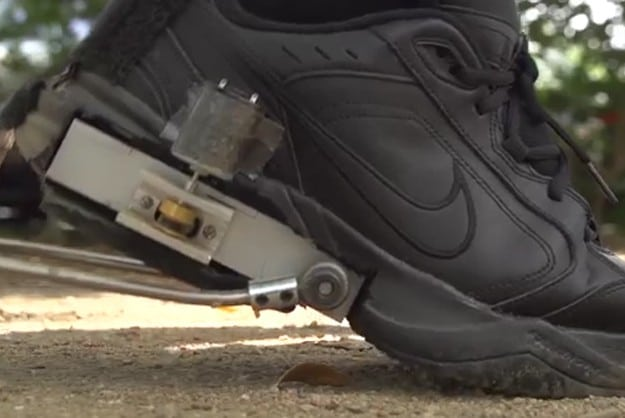 energy-generating-shoe-attachment