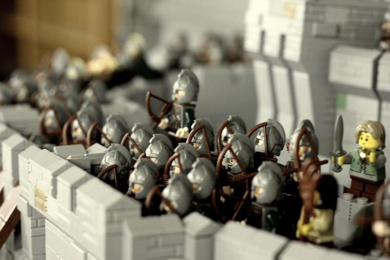 helms-deep-lego-build
