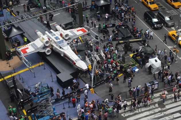 x-wing-starfighter-lego-build