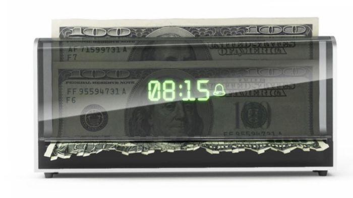 shredder-clock-alarm-concept