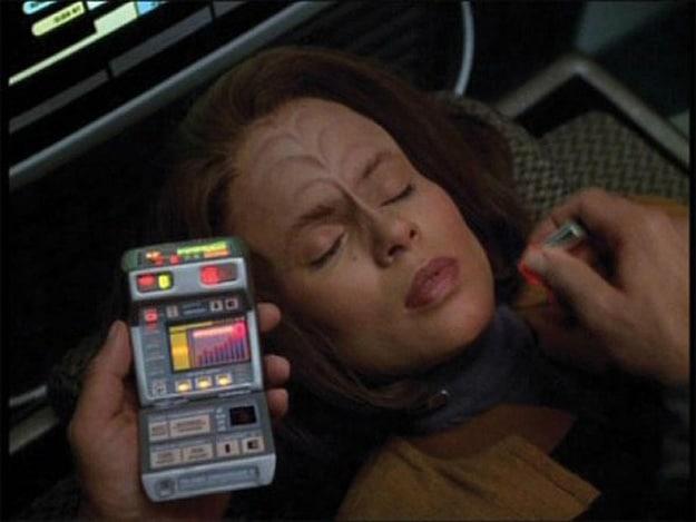 star-trek-medical-tricorder
