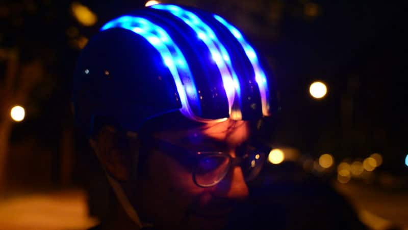smart-cycling-helmet-gps-navigation