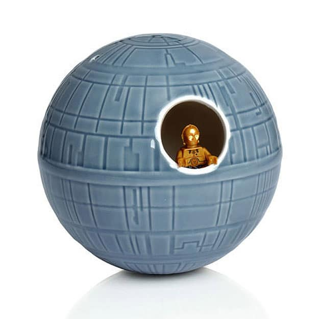 officially-licensed-star-wars-birdhouse