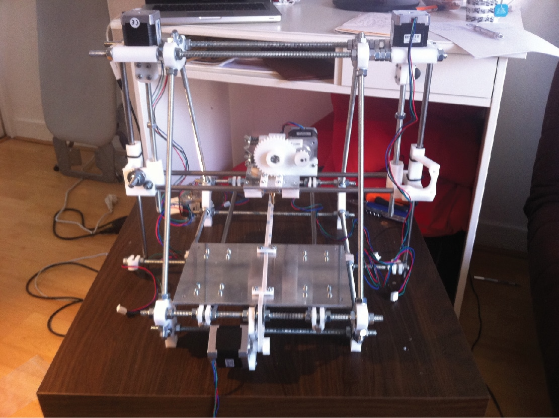Innovative DIY 3D Printer Prints Its Own Parts