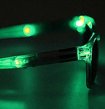 star-wars-lightsaber-leds-sunglasses