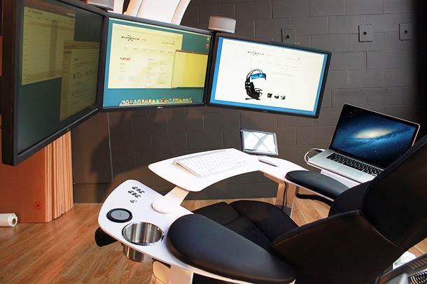 the-emperor-ultimate-workstation