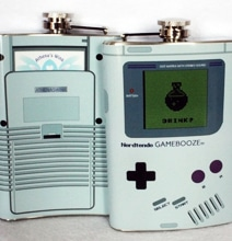 Nerdtendo Gamebooze Flask: Gaming Addiction Gone Too Far