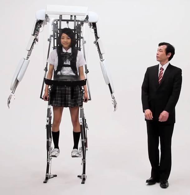 japanese-powered-jacket-exoskeleton
