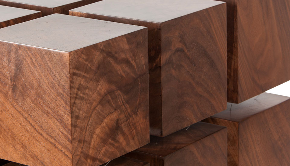 magnetic-wood-levitating-table