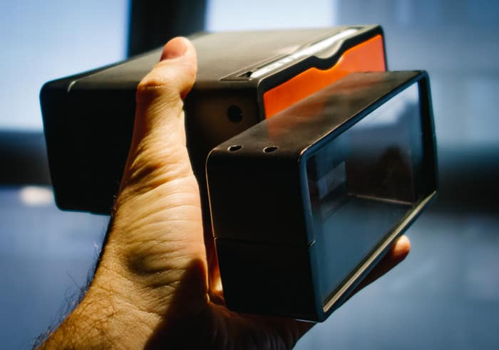 Poppy Turns Your iPhone Into A Legit 3D Camera