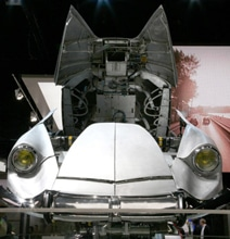 Citroen Car From 1965 Turns Into A Real 60-Foot Tall Transformer