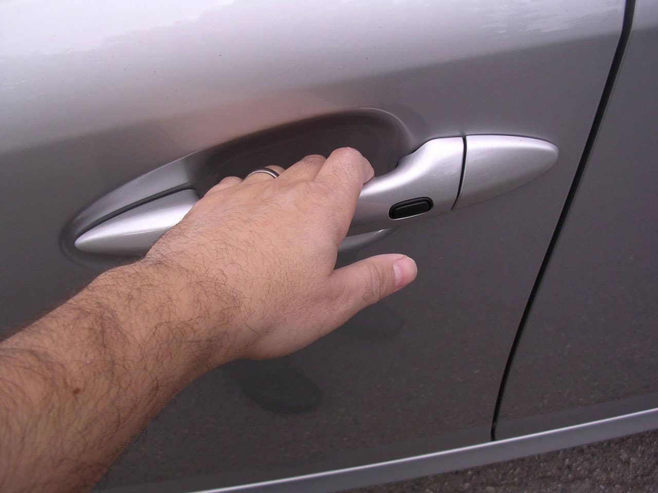 technology-opens-keyless-cars