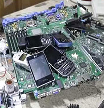 Better E-Waste Disposal: Gadgets Dissolve In Water When You Upgrade