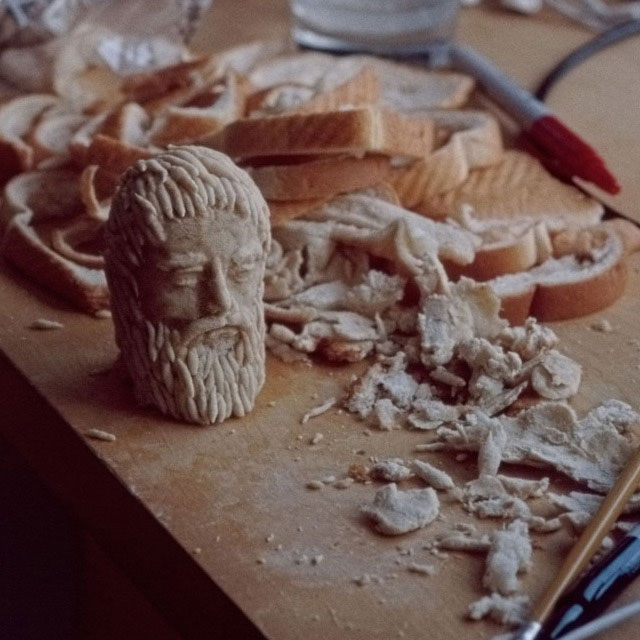wonder-bread-plato-bread-mold