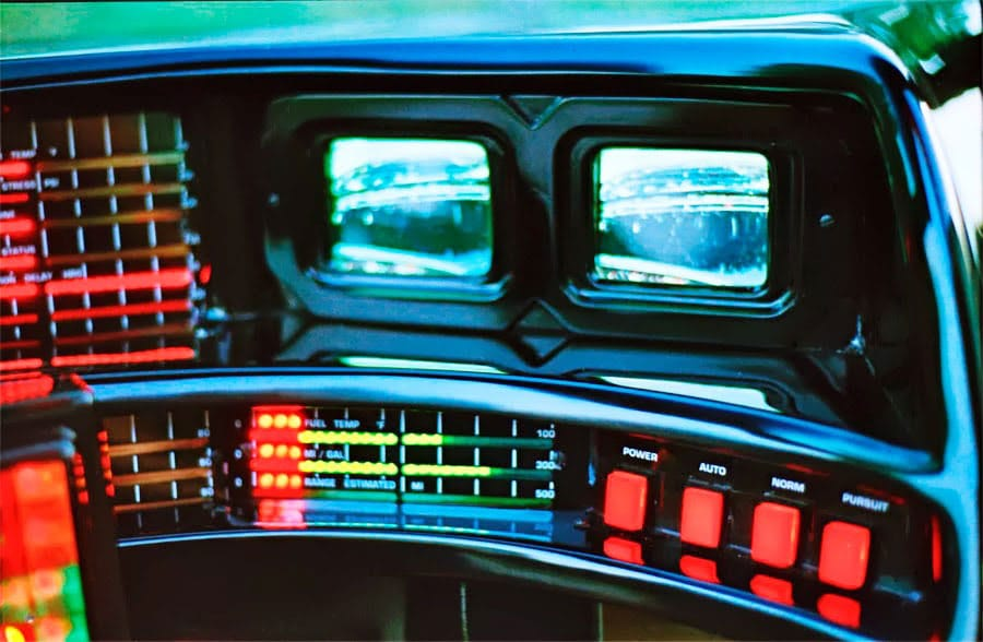 retro-digital-car-dashboards-80s