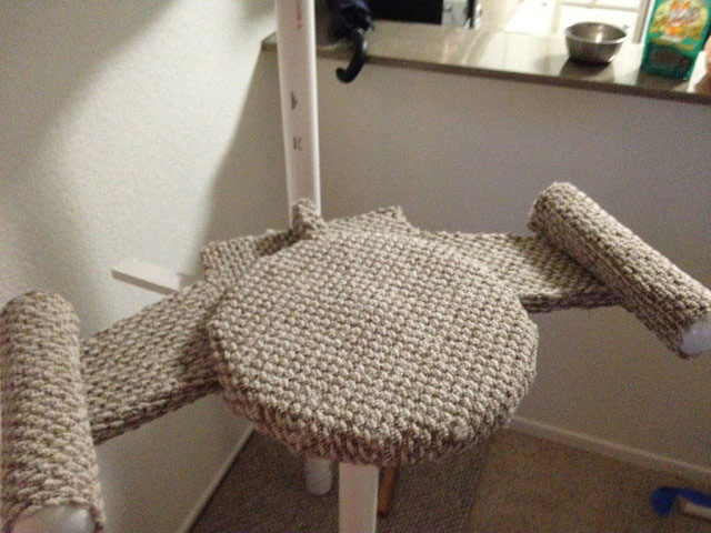 DIY Star Trek Cat Tree Is Inspired By USS Enterprise & Romulans