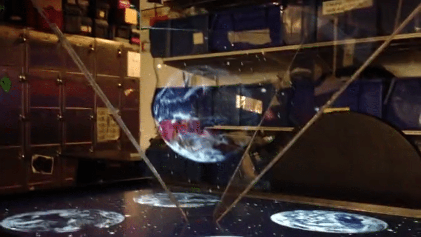 Guy Builds Incredible Iron Man-Based Gesture Controlled Hologram