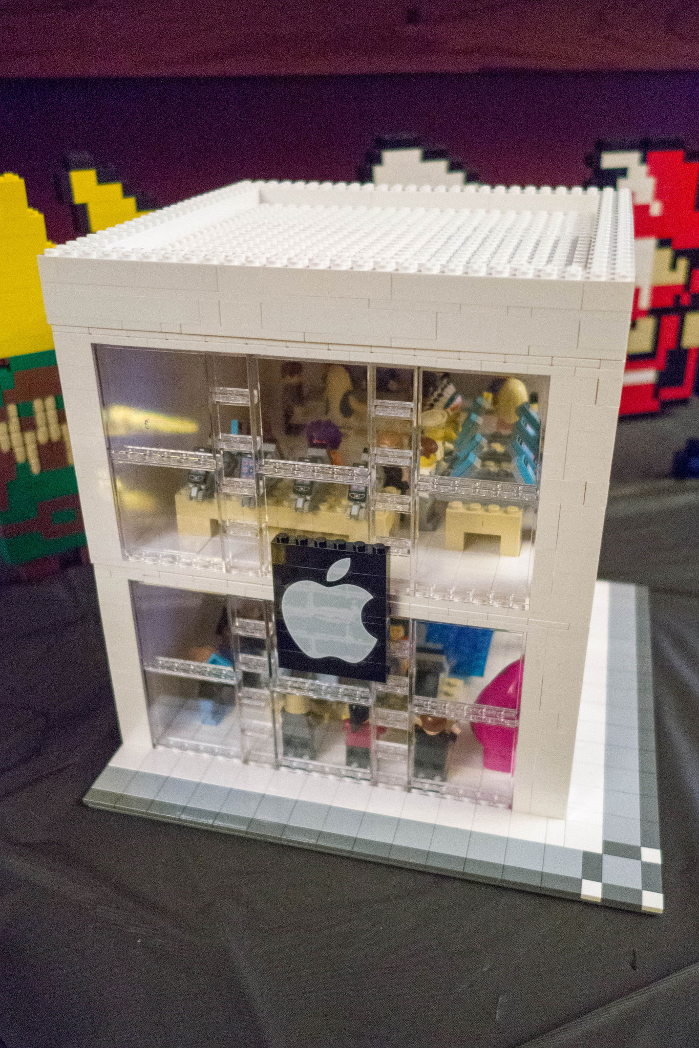 Modular Two Story LEGO Apple Store Build Even Has A Genius Bar