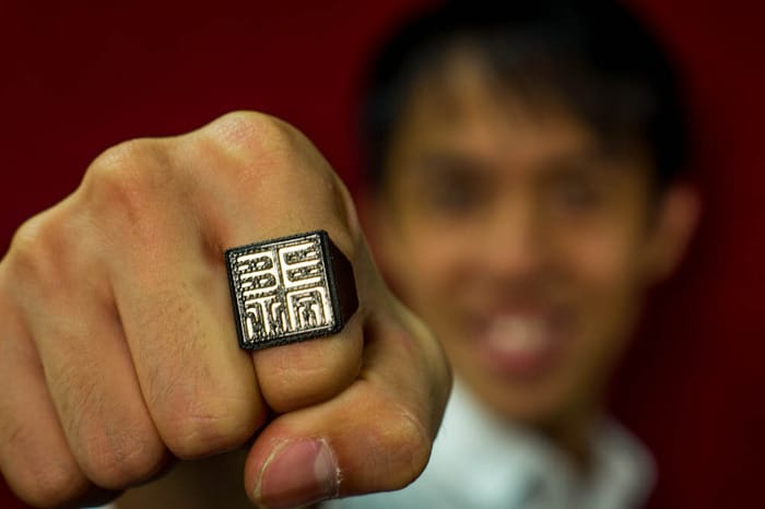 Wearable Charlie Card Ring Is A Dream Come True For Commuters