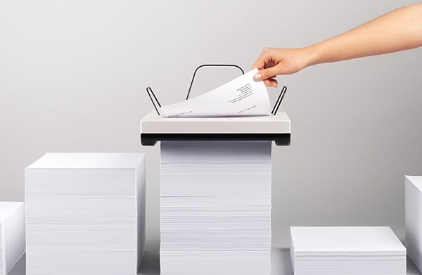 Stack Printer Uses Its Own Weight As A Paper Feeder