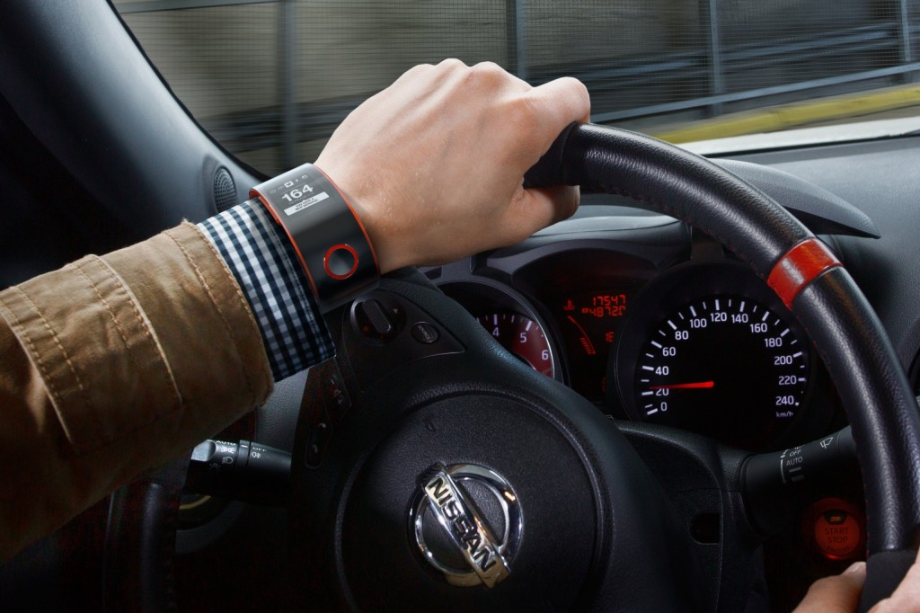 Nissan Sport Nismo Smartwatch