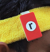 Running Accessory Enables Reading While Running