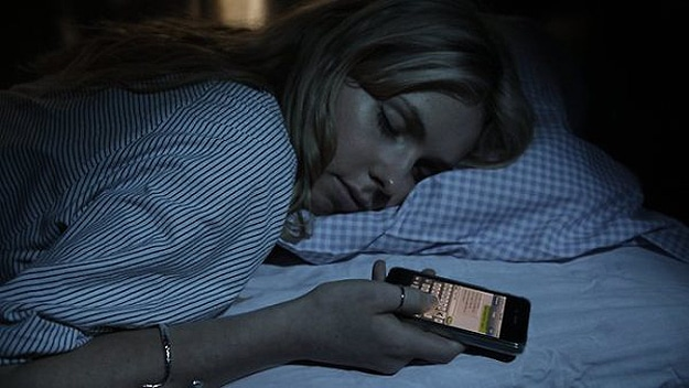 Sleep Texting: How To Avoid This New Ailment Affecting Geeks
