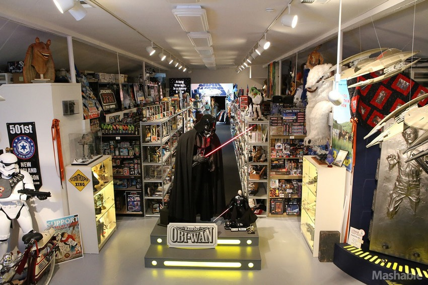 World's Largest Collection Of Star Wars Memorabilia Has 300,000 Pieces
