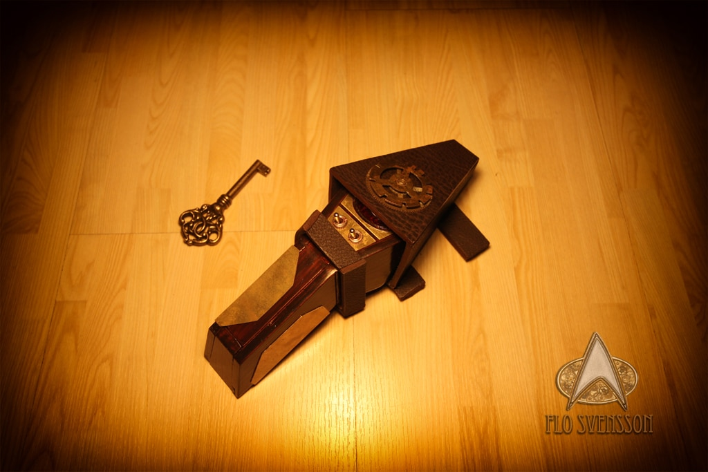 steampunk-star-trek-tricorder-phaser